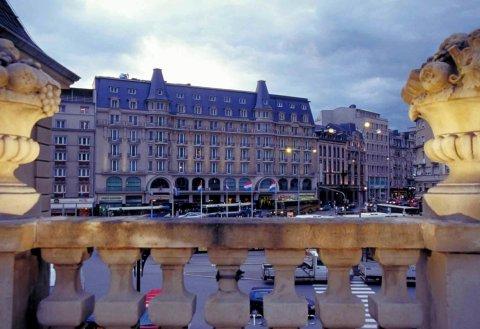 阿尔法美爵大酒店(Mercure Grand Hotel Alfa Luxembourg)