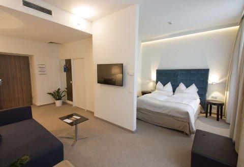 萨利盛星光套房酒店(Starlight Suiten Hotel Renngasse)