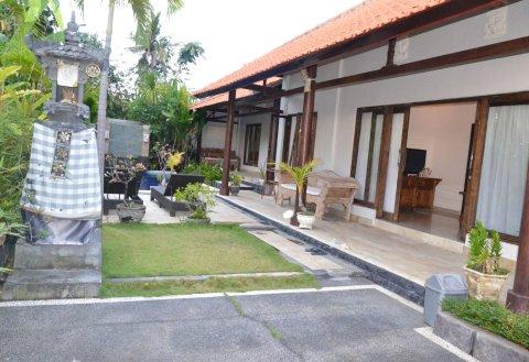 巴厘岛苏马湾酒店(Suma Beach Hotel Bali)