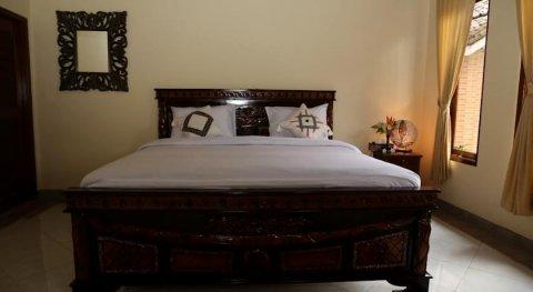 阿拉姆萨里家庭酒店(Alam Sari Homestays)