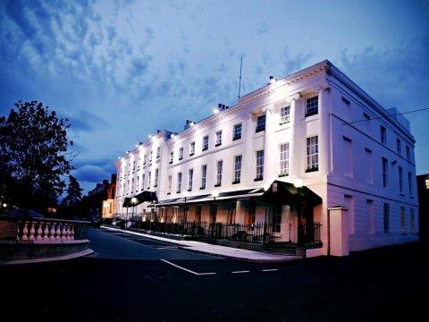 汉普顿酒店(Hampton Hotel)