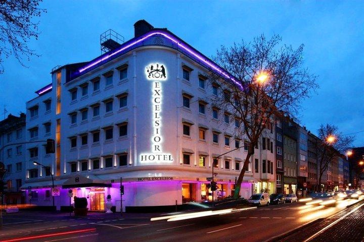 杜塞尔多夫诺瓦姆优质酒店(Hotel Excelsior Düsseldorf)