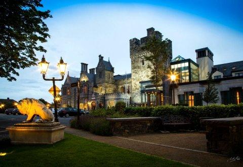 克朗塔夫城堡酒店(Clontarf Castle Hotel)