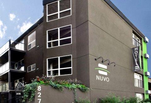 努沃套房酒店(Nuvo Hotel Suites)