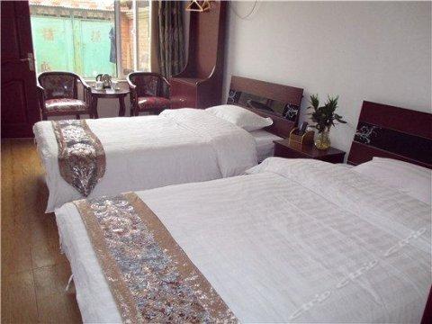 北京十三陵水库泉琴农家乐旅游观光园