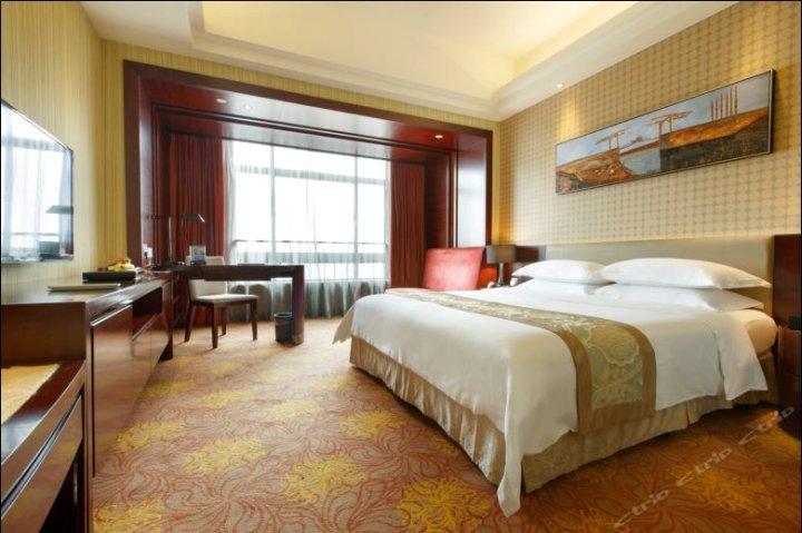 广州京溪礼顿酒店