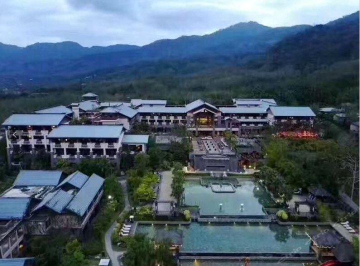 海南七仙岭希尔顿逸林温泉度假酒店