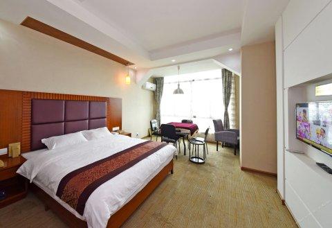 长沙新港之都假日酒店