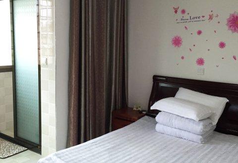 南昌西站龙岗家庭旅馆