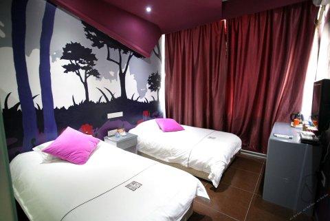 忻州有间风尚酒店