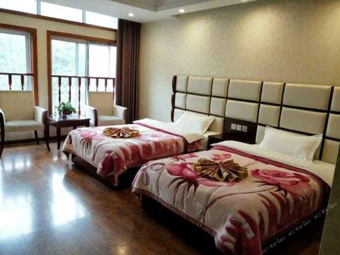 雅安上里古镇鑫泰酒店
