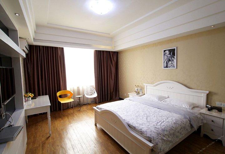 桂林浪漫西街酒店(高铁北站店)