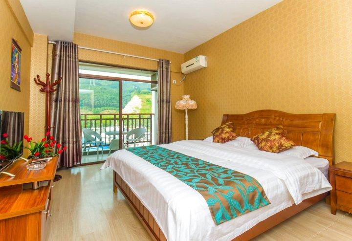 西双版纳湄公河畔度假酒店