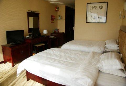 成县金凤凰大酒店