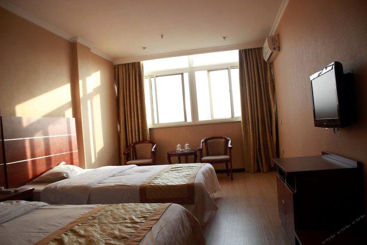 涡阳心港湾商务酒店