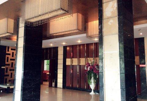 乐山凤生大酒店