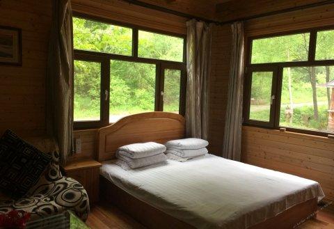 伊春五营国家森林公园森林浴度假山庄