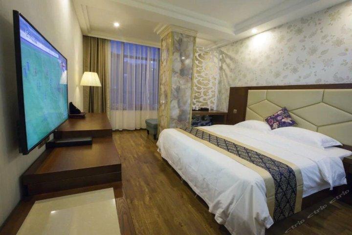 威信香山大酒店