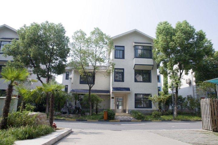 华中科技大学国际学术交流中心(武汉宏嘉酒店)