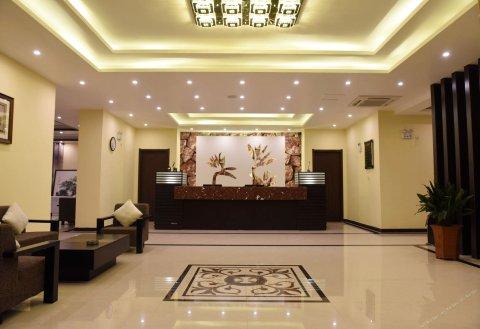 临泉君亭酒店