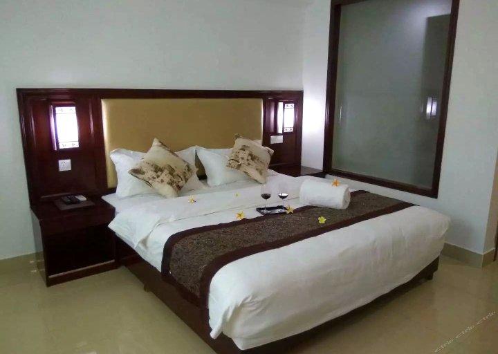 琼中森泉商务酒店