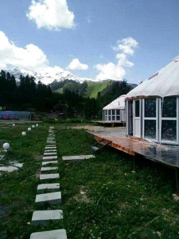 伊犁赛里木湖牧家乐庄园