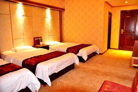 霍城皇冠假日商务酒店