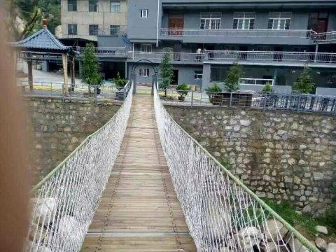 蓝田流峪印象旅游度假山庄