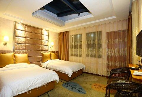 张家界老道湾树屋酒店