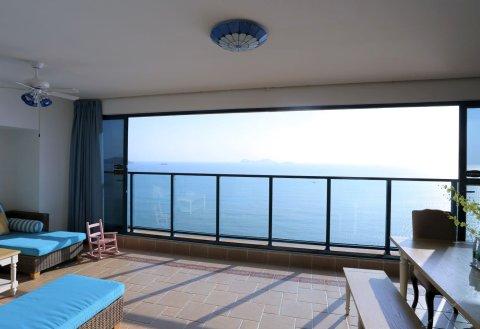 惠东万科双月湾蔚蓝湾畔假日公寓