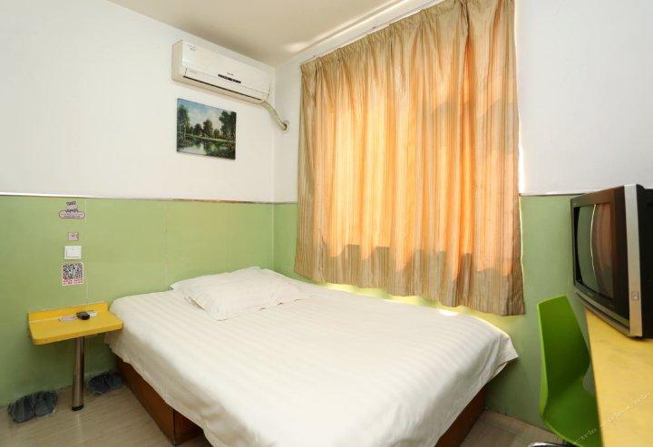 99旅馆连锁(天津滨海新区于家堡店)