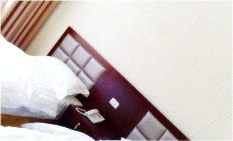 舞钢灯台架假日酒店