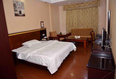 普宁名香商务酒店