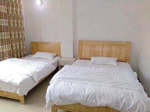荔浦银龙酒店