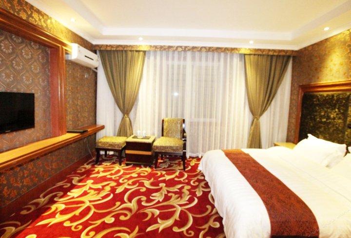 九寨沟雪山博恩国际酒店