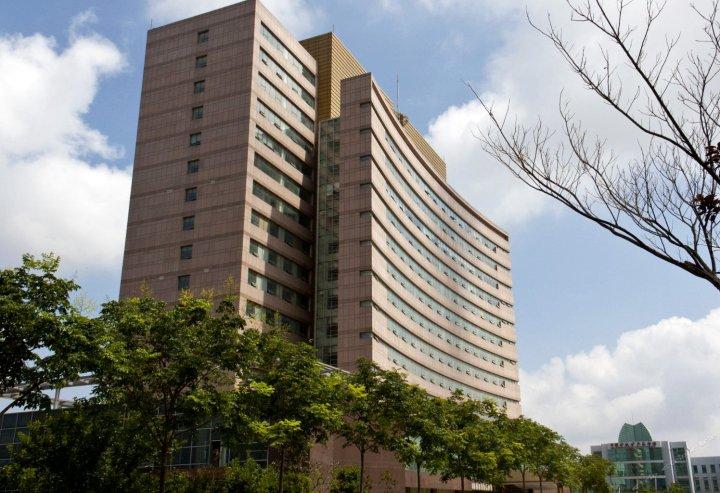 青岛欧美亚酒店