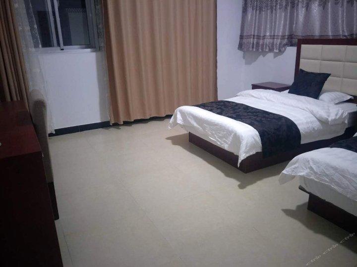 札达雅都快捷酒店