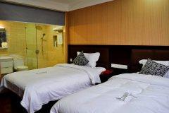 自贡盐运商务酒店