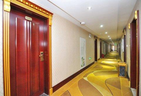 景洪金色港湾大酒店