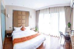 米易宏坤花园酒店