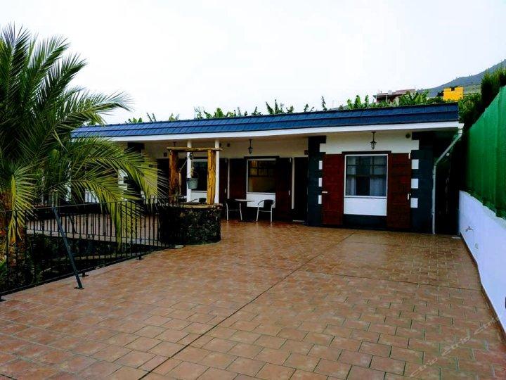 波佐塔布恩特酒店(Pozo Taburiente)