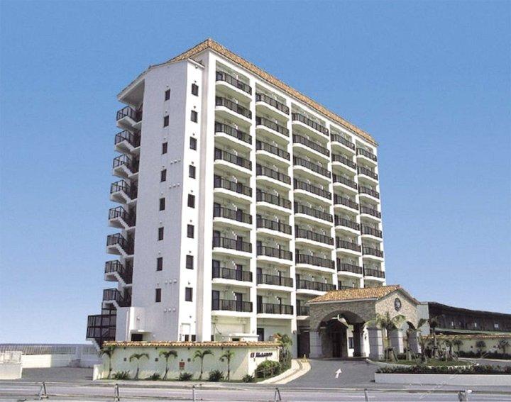 那霸海滨酒店(Naha Beach Side Hotel)