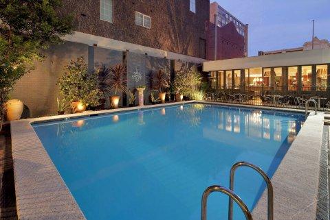 季节珀斯市酒店(Seasons of Perth)