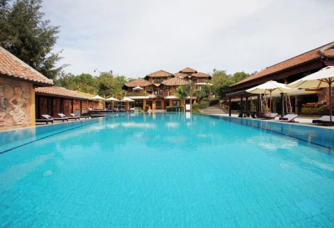 博沙努度假酒店(Poshanu Resort)