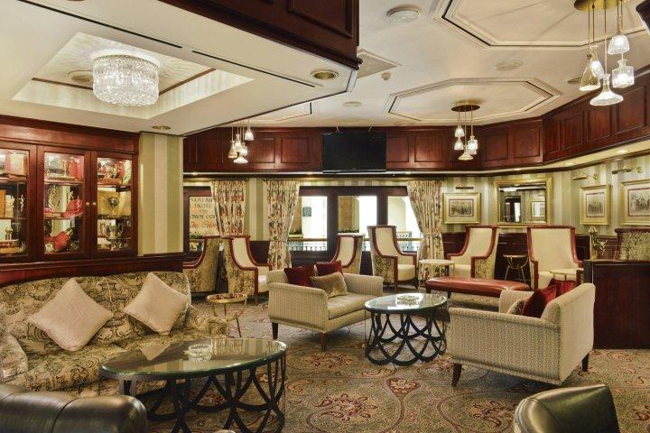 约翰内斯堡巴拉莱卡桑顿万豪普罗蒂酒店(Protea Hotel by Marriott Johannesburg Balalaika Sandton)