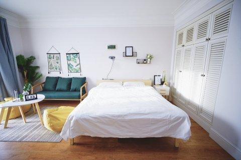 蜗居酒店式度假公寓(大连蓝湾店)