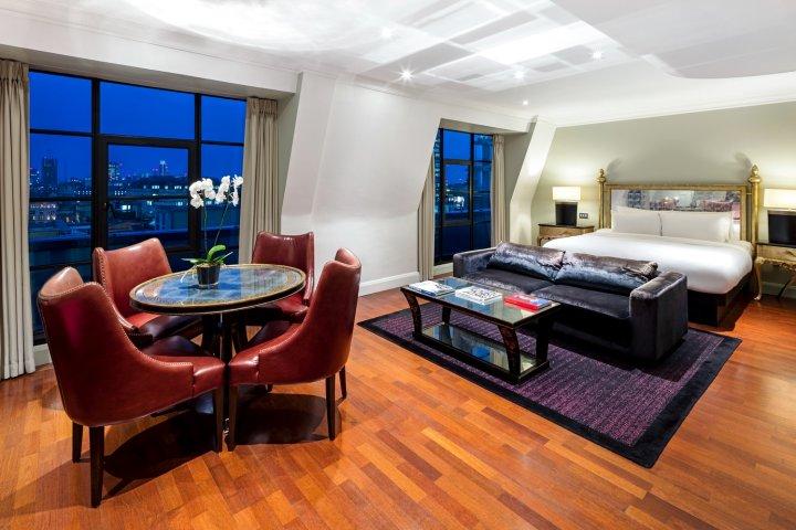 伦敦汉普郡爱德华丽笙酒店(Radisson Blu Edwardian Hampshire Hotel London)
