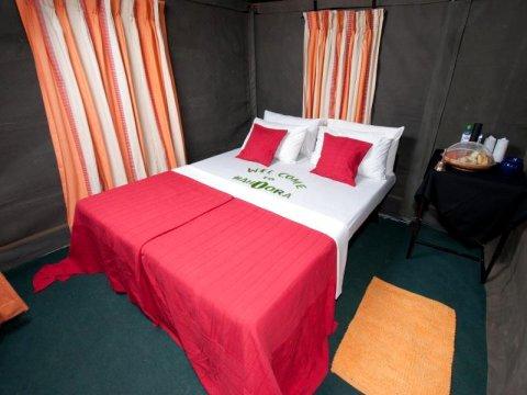 库玛娜玛胡拉帐篷野生动物园营地酒店(Mahoora Tented Safari Camp - Kumana)