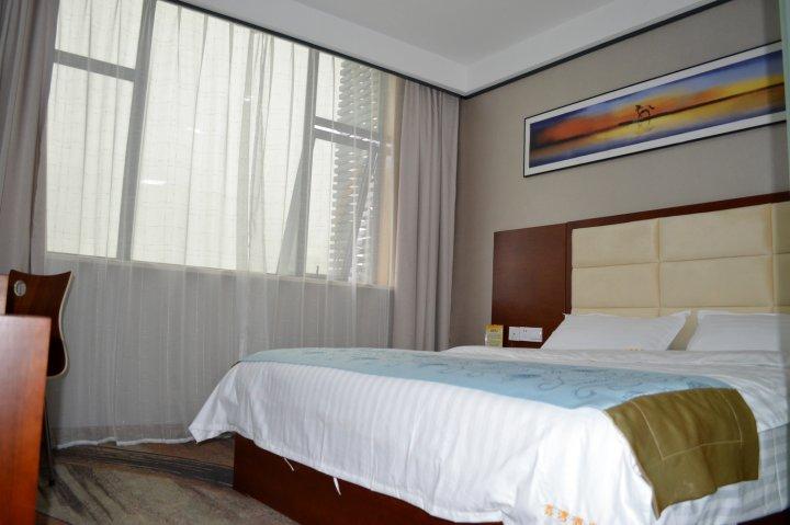 英山鑫湾酒店