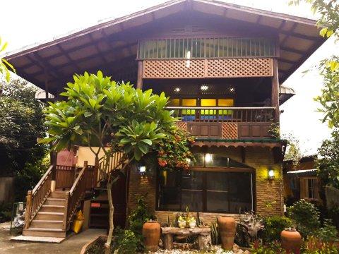 帕萨科弘旅馆(Parsakhome)